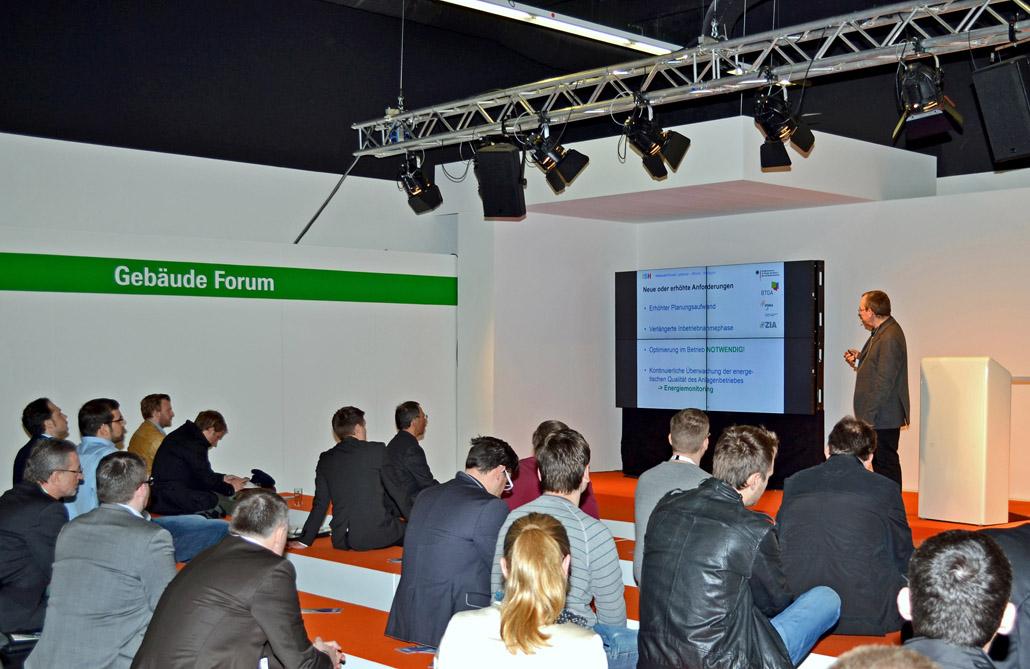 2015 zählte das Vortragsprogramm des Gebäude-Forums zu den bestbesuchten Veranstaltungen der ISH. Foto: BTGA e.V. / Talarczyk