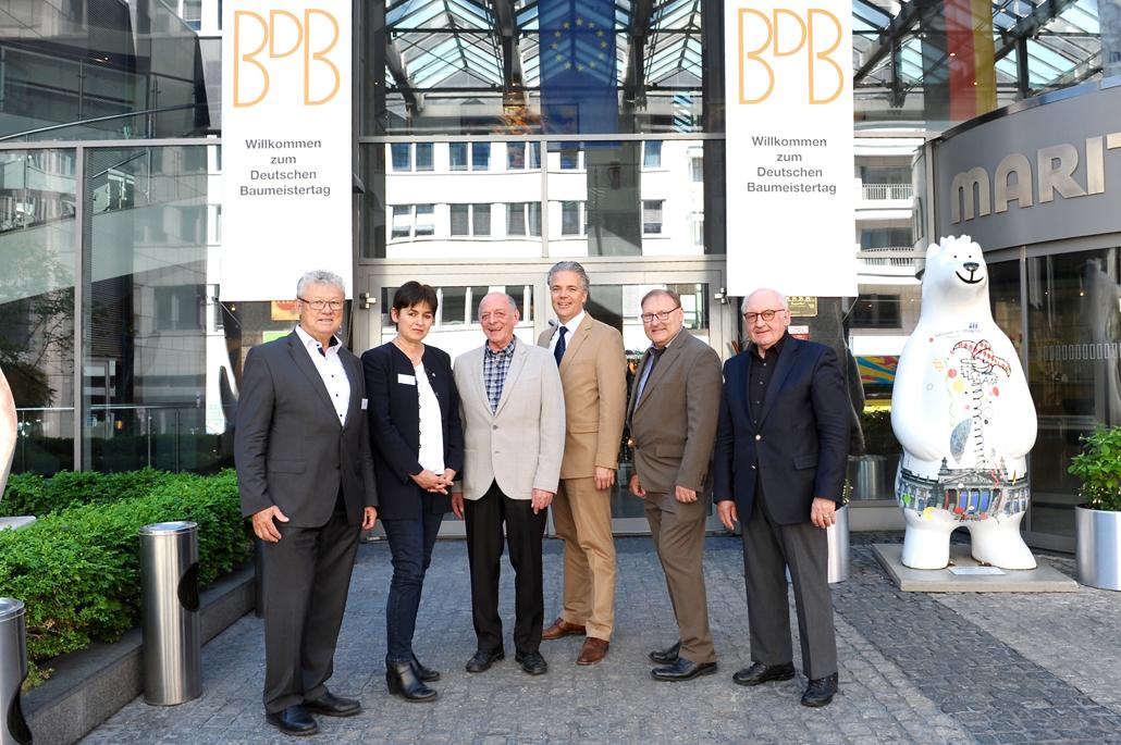 Das neue BDB-Präsidium v.l.n.r. Helmut Zenker, Marion Bartl, Klaus Schneider, Christoph Schild, Walter von Wittke, Hans Georg Wagner © Kirsten Ostmann