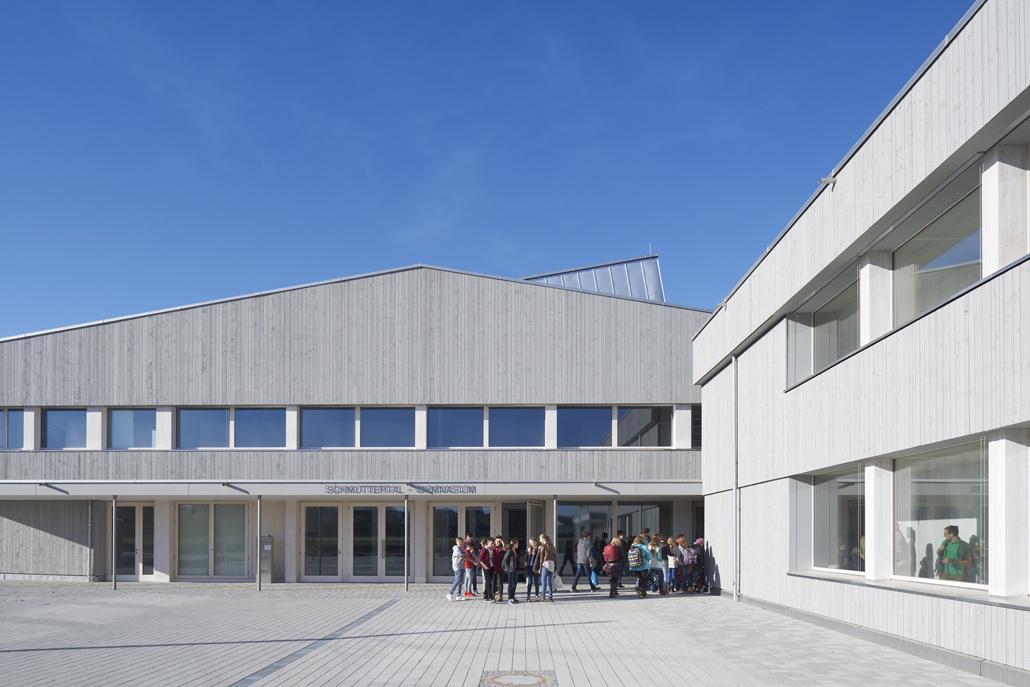 """Deutscher Architekturpreis 2017: Schmuttertal-Gymnasium, Diedorf, Architekten: Hermann Kaufmann ZT GmbH & Florian Nagler Architekten GmbH ARGE """"Diedorf"""", Foto © Stefan Müller-Naumann"""