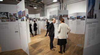 Impressionen von der Eröffnung der Ausstellung zum Fritz-Höger-Preis 2017 im DAZ in Berlin. © Markus Mirschel
