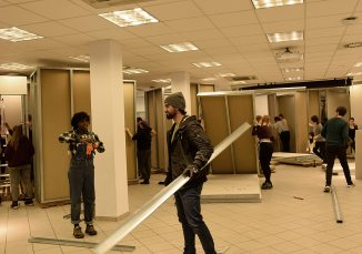 Mehr als 100 Studierende werkelten im Architekturhaus der Universität Siegen im Stadtteil Geisweid. (c) Universität Siegen