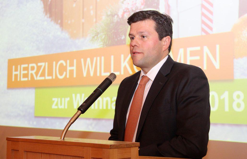 LB-Chef Thomas Bader kündigte für die kommenden Monate Investitionen in Höhe von rund zehn Millionen Euro in die drei Standorte Vatersdorf bei Landshut, Puttenhausen bei Mainburg und Schönlind an. Allein für die weitere Modernisierung in Schönlind sind acht Millionen Euro vorgesehen. (c) Leipfinger-Bader