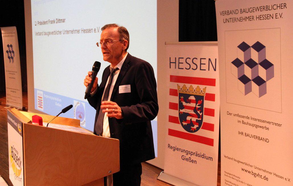 RPegierungspräsidium Gießen und Bauverband informieren über Erdaushub (c) RP Gießen