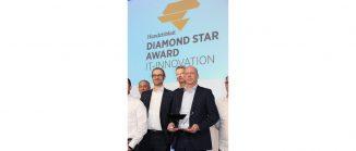 Apleona CDO Dr. Michael Lange (links) und CIO Bernhard Götze bei der Verleihung des Handelsblatt Diamond Star Awards am 22. Januar in München (c) Apleona