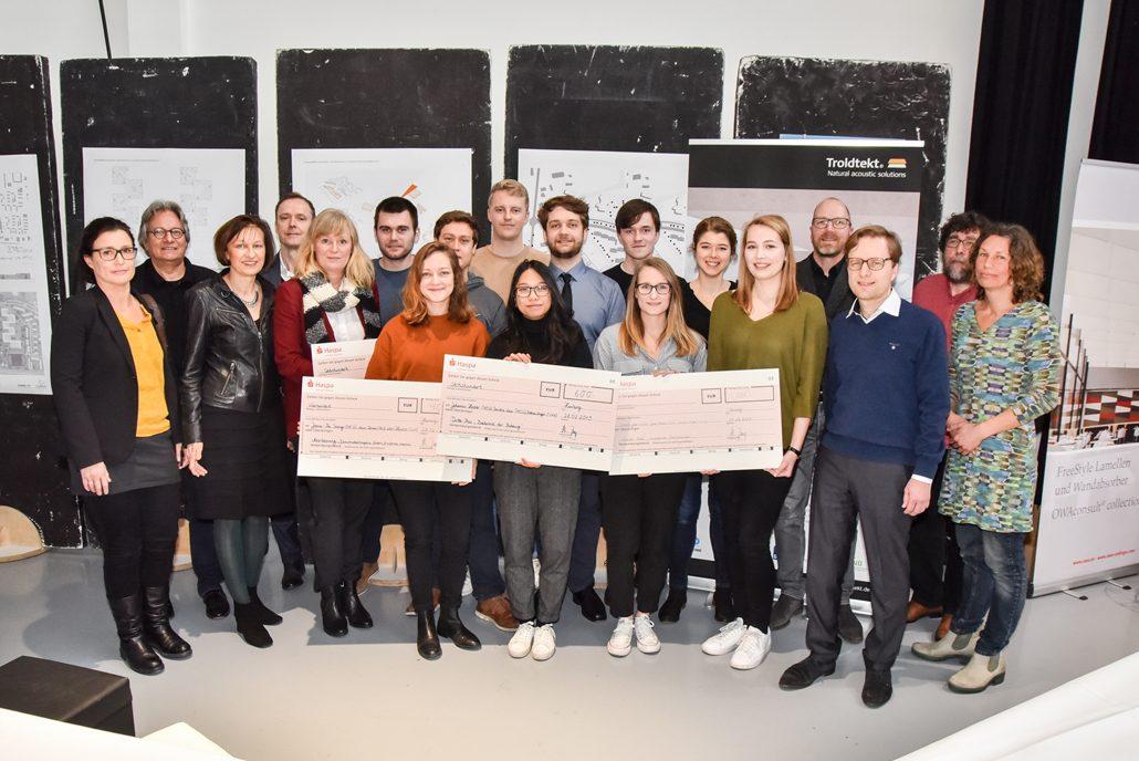 """SCHULBAU-Wettbewerb """"Schulcampus Neugraben"""": Preisträgerinnen und Preisträger der HCU Hamburg gekürt (c) Cubus Medien Verlag/ Dirk Ewald"""