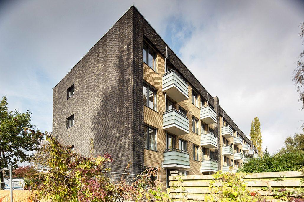 Net-Zero-Mehrfamilienhaus im niederländischen Utrecht. Foto: Frank Hanswijk, Wohnungsunternehmen SSW, Konsortium De Verduurzamers